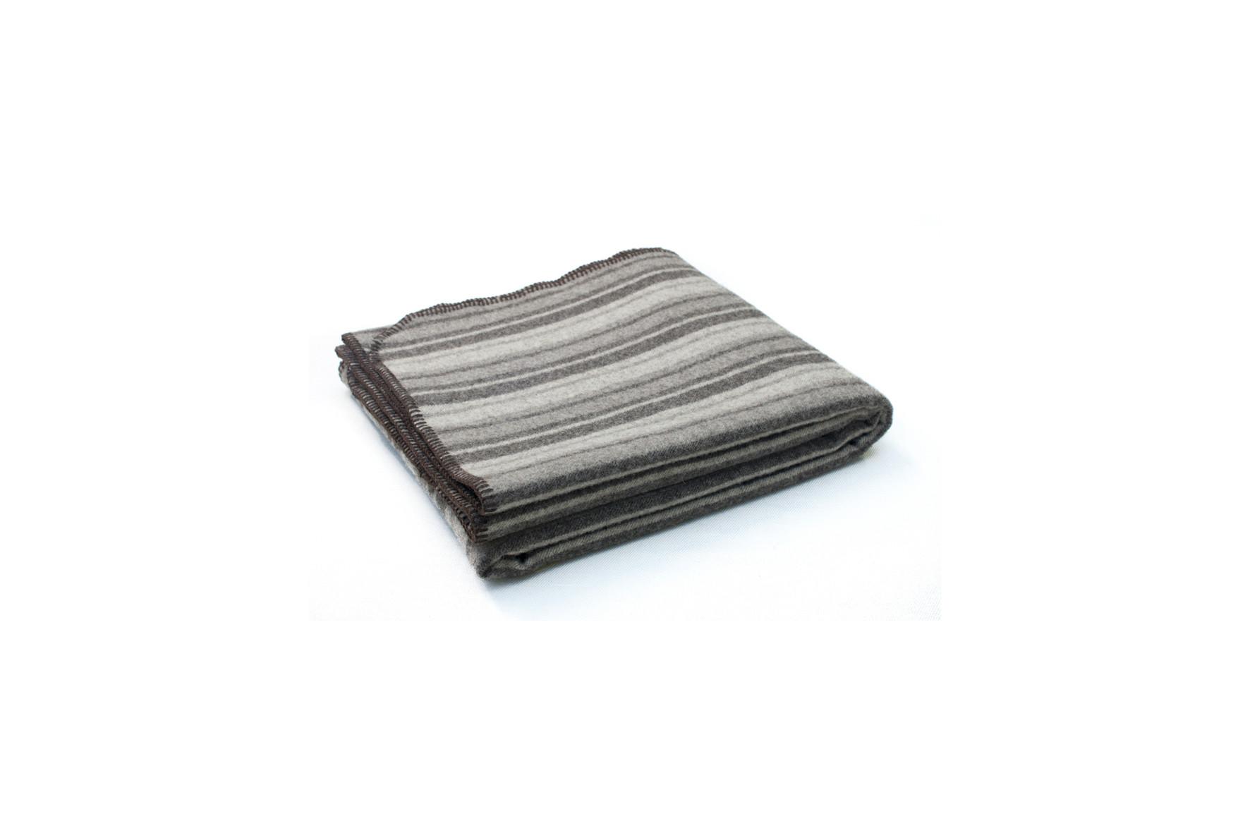 plaid pure laine 100 naturelle de couleur beige fabriqu en france. Black Bedroom Furniture Sets. Home Design Ideas