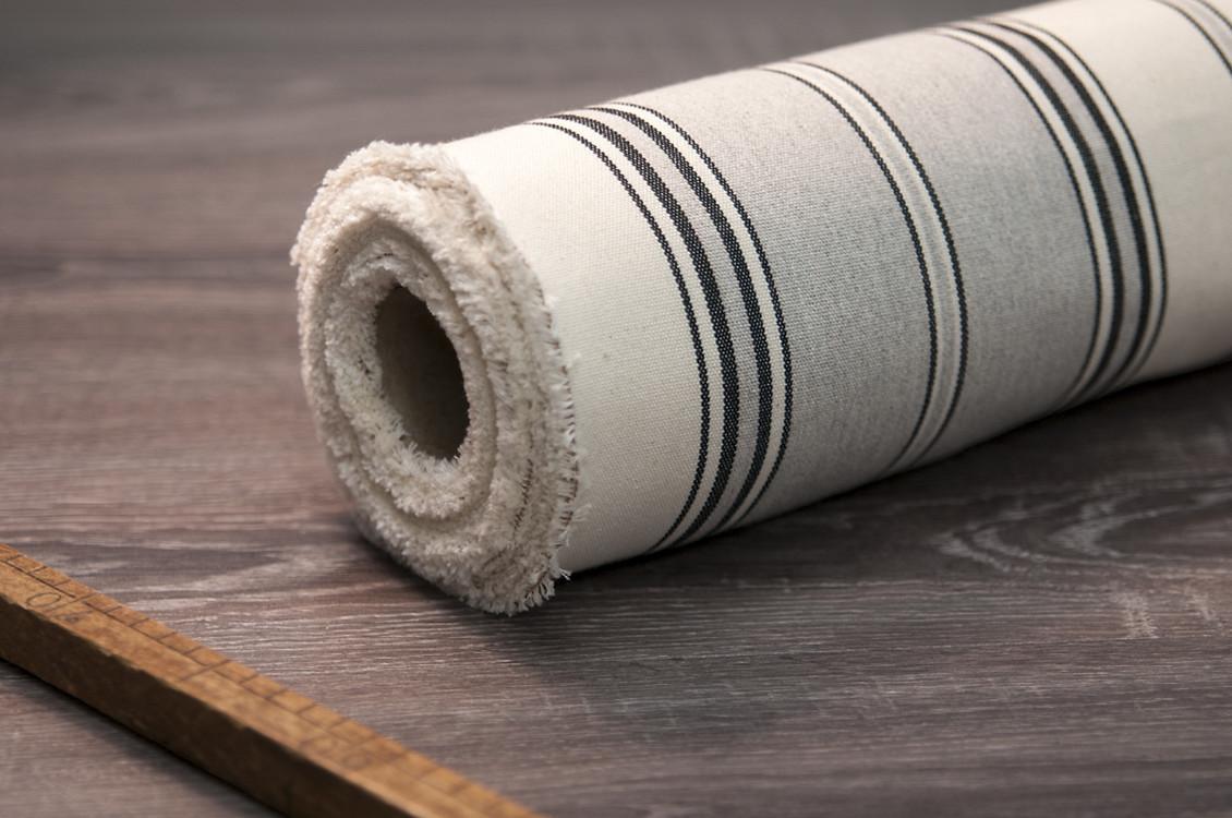 toile au m tre coton ray e grise fabriqu e en france. Black Bedroom Furniture Sets. Home Design Ideas