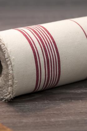 toile-coton-raye-rouge