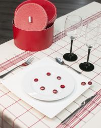chemin de table carreaux rouge