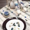 zoom assiette nappe carreaux gris bleu