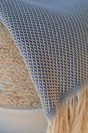 plaid diagonale bleu nuit laine recyclée et coton